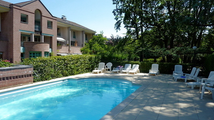 6 room maisonette apartment in Genève - Bellevue, furnished, temporary