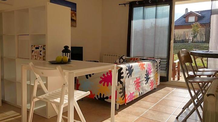 1½ room apartment in Archamps (F), furnished