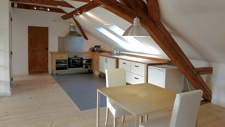 2½ room attic apartment in Münchenbuchsee (BE), furnished